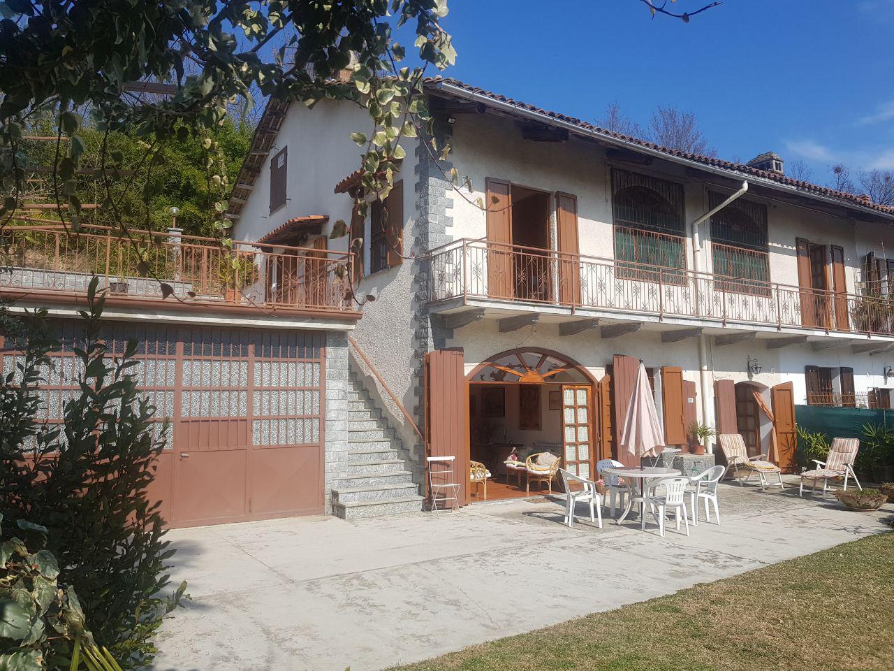 MONCESTINO (AL) Vendiamo Casa Indipendente Di Fine Ottocento
