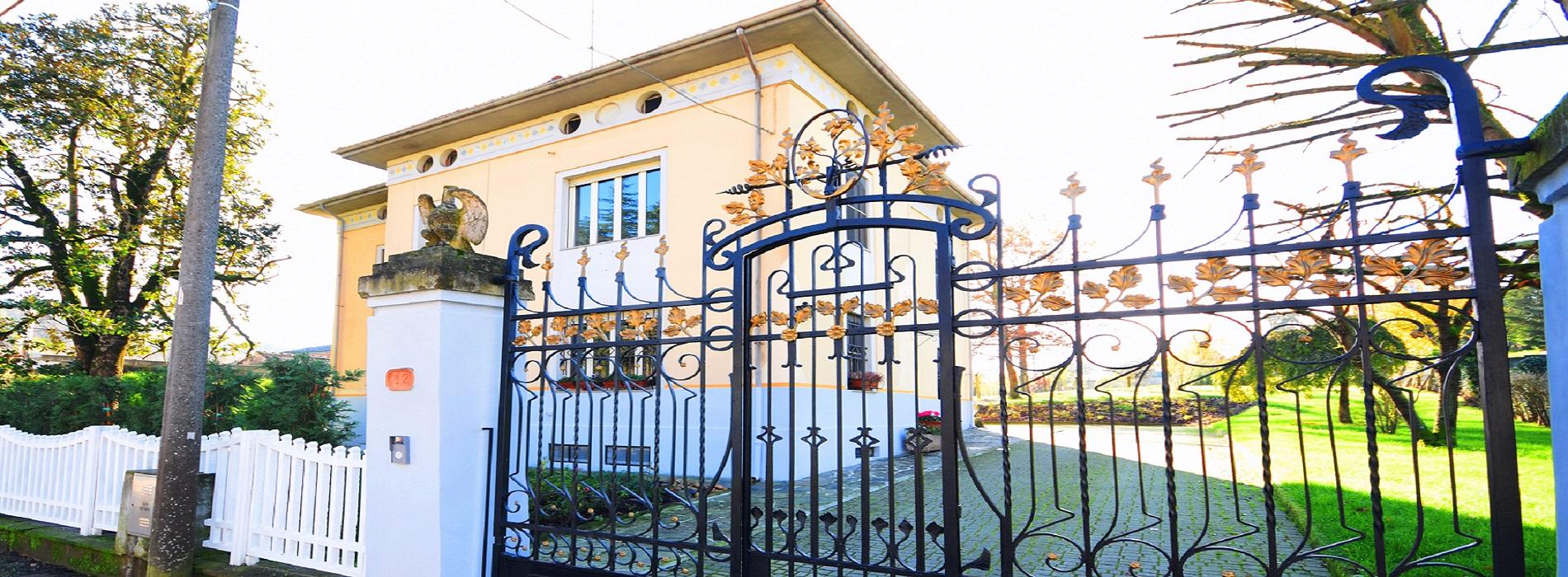 POMARO MONFERRATO (AL) Vendesi casa indipendente in stile inglese mq. 360