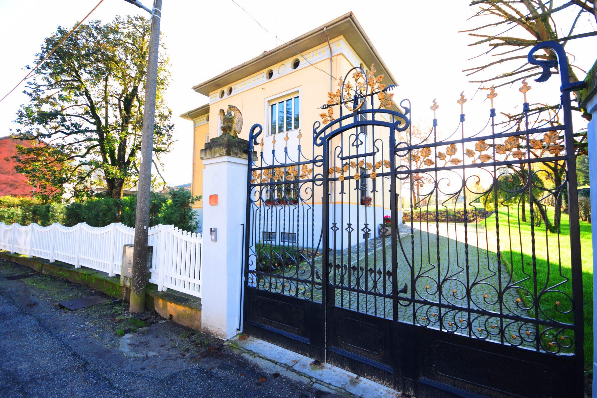 Pomaro Monferrato (AL) – Vendiamo casa indipendente in stile inglese