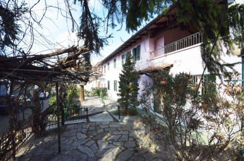 CAMINO (BRUSASCHETTO) vendesi casa indipendente