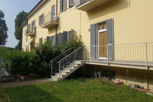 CASALE MONFERRATO (PORTA MILANO) Vendesi appartamento con ingresso indipendente