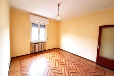CASALE MONFERRATO (Via Bligny) vendiamo appartamento di mq. 90