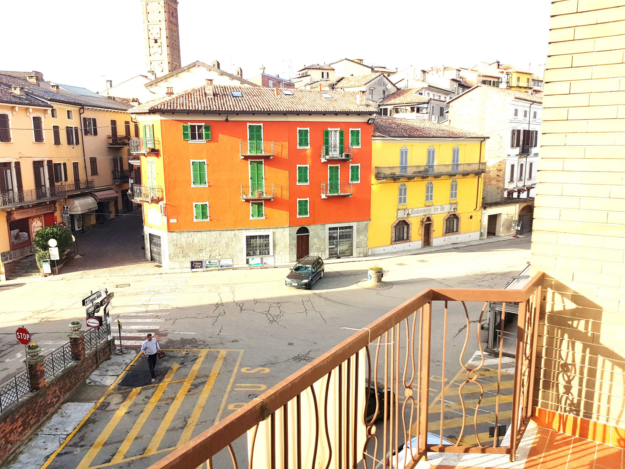 MONCALVO (AT) Affittasi in centro alloggio molto luminoso