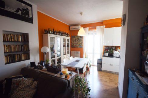 TRINO VERCELLESE (CENTRO) vendesi appartamento elegantemente ristrutturato