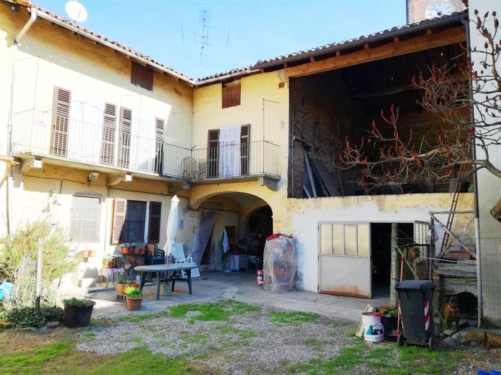 PONTESTURA – Vendesi casa indipendente bilivello di mq. 140