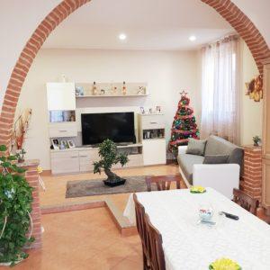TRINO (VC) Via Gennaro -Vendesi appartamento mq. 90