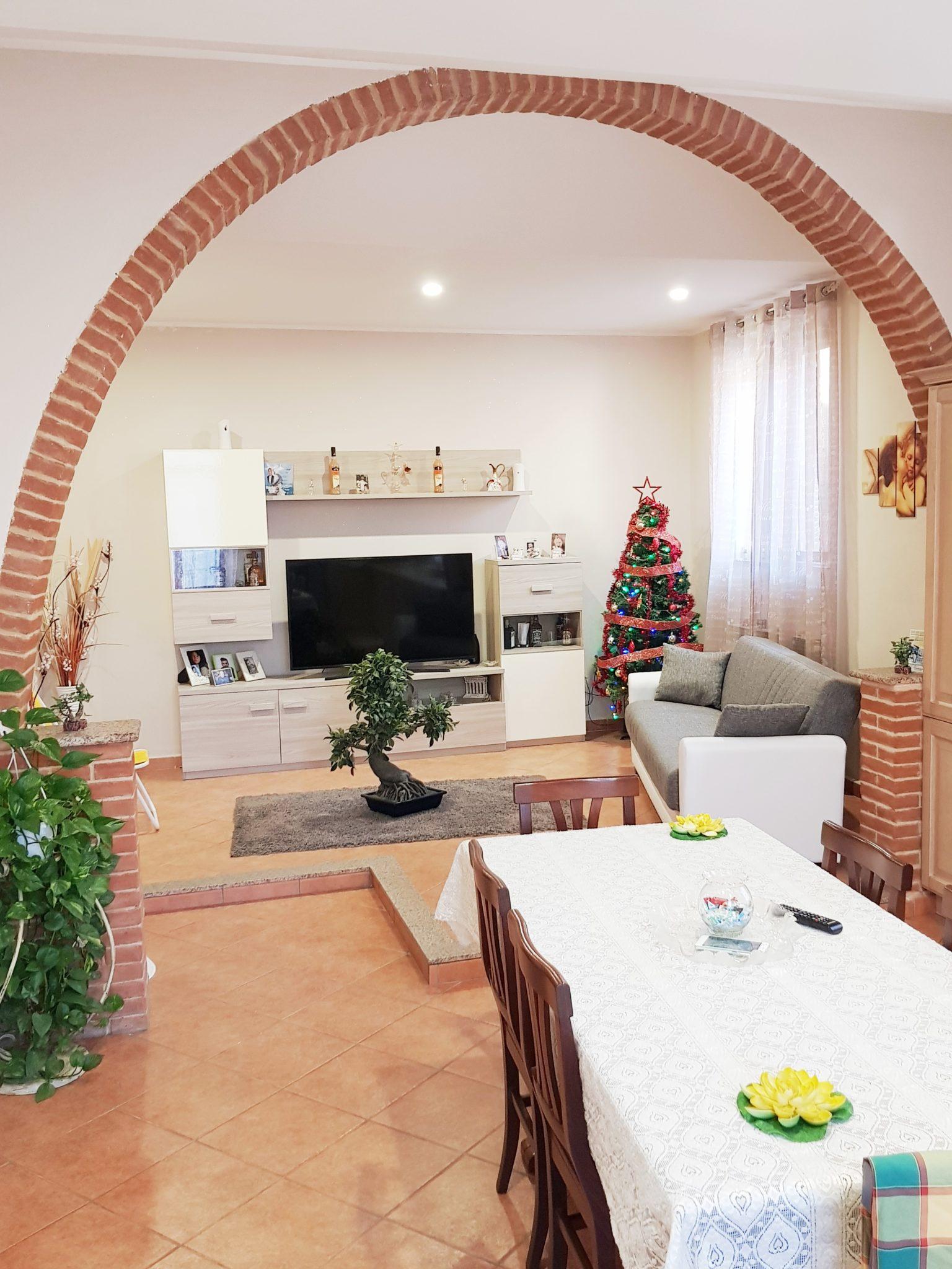 TRINO (VC) Via Gennaro – Vendesi appartamento mq. 90