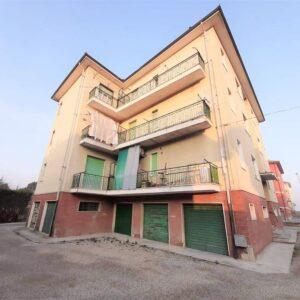 VILLANOVA D'ASTI (AT) (CENTRO) vendesi appartamento 67 mq