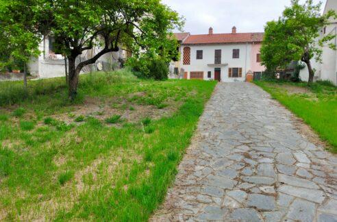 CERRINA MONFERRATO (AL) vendesi casa indipendente