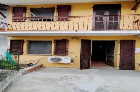 BALZOLA (CENTRO) Vendiamo in centro paese casa indipendente